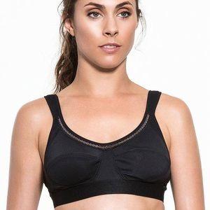 NWT Stella Mcartney black perf bra